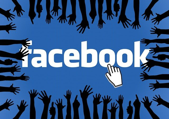 atrybucja na facebooku